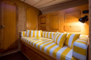 Tess-07-cabin