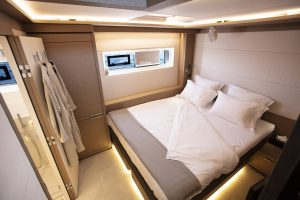 babac-06-aft-port-cabin-low